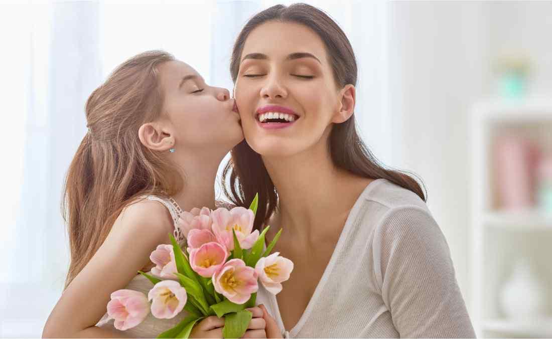 Dia das Mães deve movimentar 24 bilhões de reais no varejo.